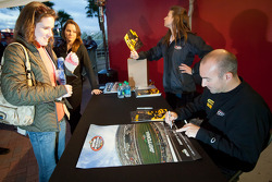 Autograph session: Marcos Ambrose, Petty Motorsport Ford