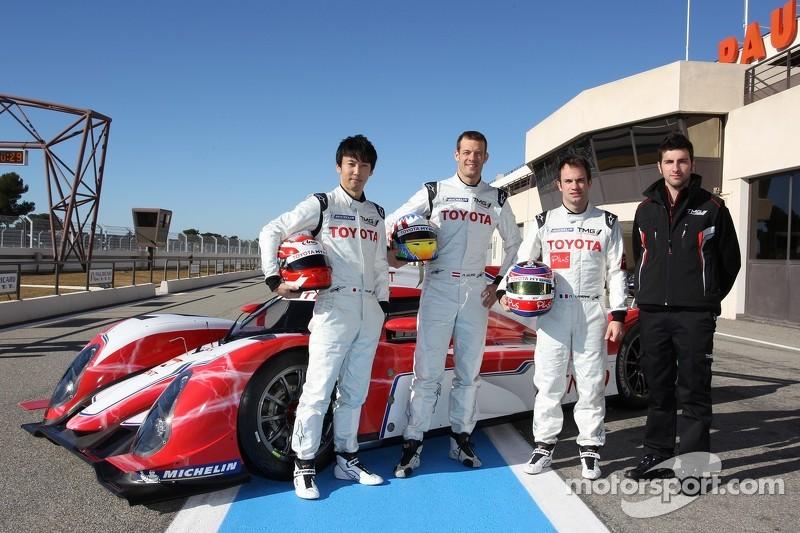 Kazuki Nakajima, Alexander Wurz, Nicolas Lapierre met Toyota Hybrid TS030