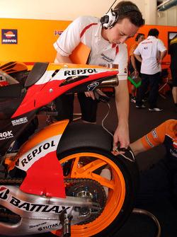 A Respol Honda Team member