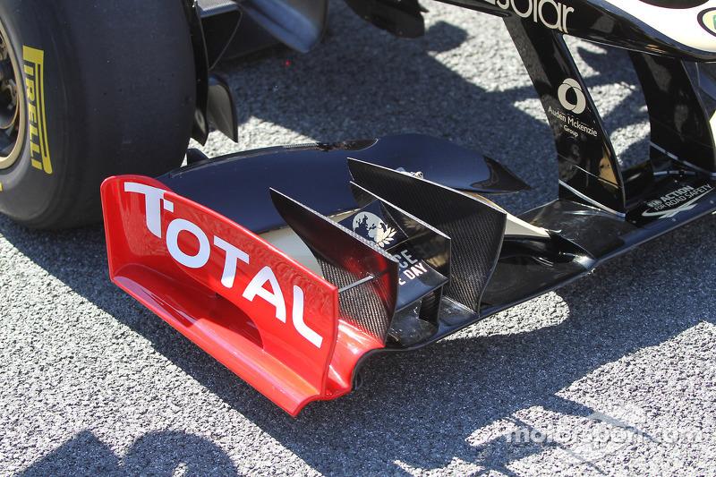 Kimi Raikkonen, Lotus Renault F1 Team voorvleugel