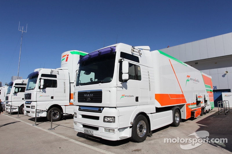 Force India trucks