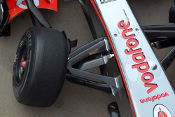Jenson Button, McLaren Mercedes front suspension