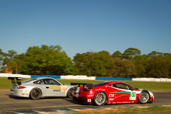 #51 AF Corse Ferrari F458 Italia: Giancarlo Fisichella, Gianmaria Bruni, Toni Vilander, #031 NGT Mot