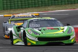 #333 Rinaldi Racing, Ferrari 488 GT3: Alexander Matschull, Daniel Keilwitz