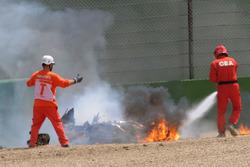 Мотоцикл Юджина Лаверти в огне