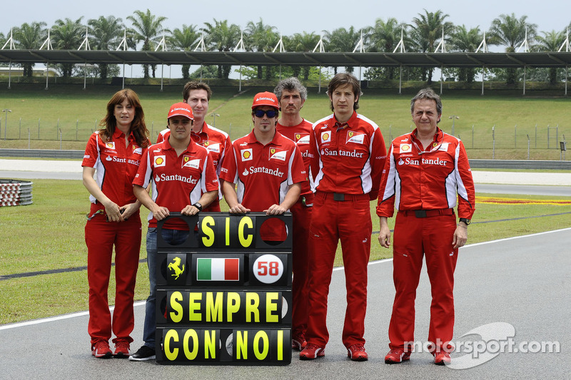 Homenaje de Ferrari y de la F1 a Marco en Malasia