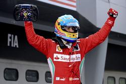 Race winner Fernando Alonso, Scuderia Ferrari celebrates after the race
