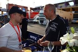 Pasquale di Sabatino, Chevrolet Cruze 1.6T, bamboo-engineering and Tom Coronel, BMW 320 TC, ROAL Motorsport