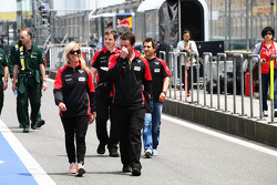 Maria De Villota, Marussia F1 Team Test Driver walks the circuit
