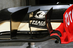 Lotus E20 front wing detail