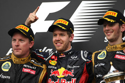 Kimi Raikkonen, Lotus F1 Team, Sebastian Vettel, Red Bull Racing et Romain Grosjean, Lotus F1 Team