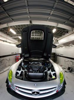 #52 Green Tec & Leaon Racing Team Mercedes-Benz SLS AMG GT3