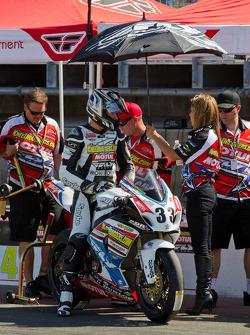 Jordan Burgess waiting for SuperBike Race #2 to start