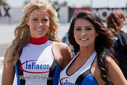 Infineon Raceway meisjes