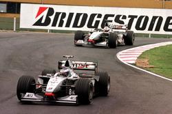 Mika Hakkinen, McLaren MP4/13, David Coulthard, McLaren MP4/13