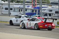 #5 TA3 Porsche 997, Milton Grant, #97 TA Ford Mustang, Chris Outzen, DWW Motorsports