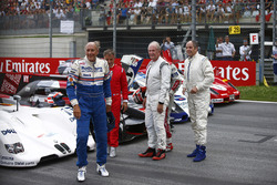 Hans-Joachim Stuck, Jean Alesi, Helmut Markko, Consultant, Red Bull Racing, Tom Kristensen and Gerhard Berger for the Legends Parade