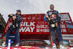 Победители Сириль Депре и Давид Кастера, Peugeot Sport