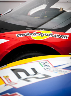 #22 and motorsport.com logo