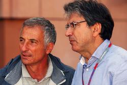 Riccardo Patrese, with Pasquale Lattuneddu, of the FOM