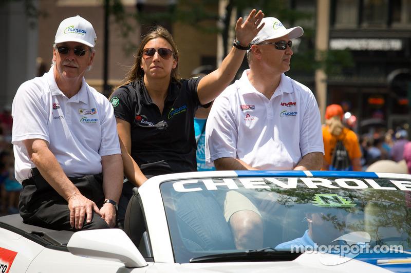 Indy 500 festival parade: Simona de Silvestro, HVM Racing Lotus
