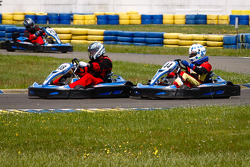 Drivers and media kart challenge at Circuit Alain Prost: Motorpsort.com's Eric Gilbert wrecks havoc in the field