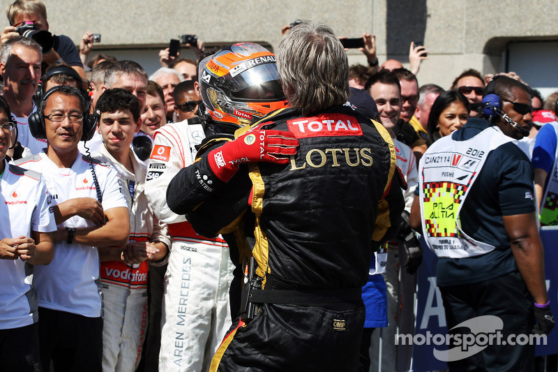 Romain Grosjean, Lotus F1 Team in parc ferme