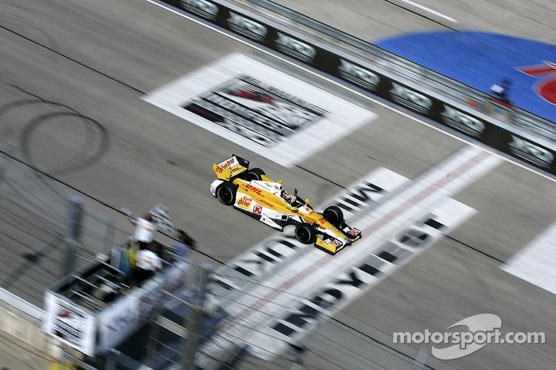 Ryan Hunter-Reay, Andretti Autosport Chevrolet pakt overwinning