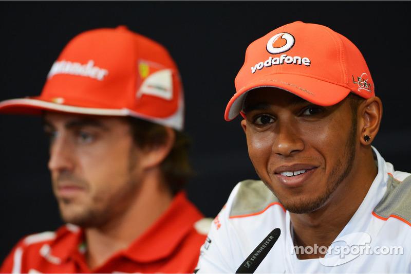 Lewis Hamilton, McLaren en Fernando Alonso, Ferrari in de FIA persconferentie