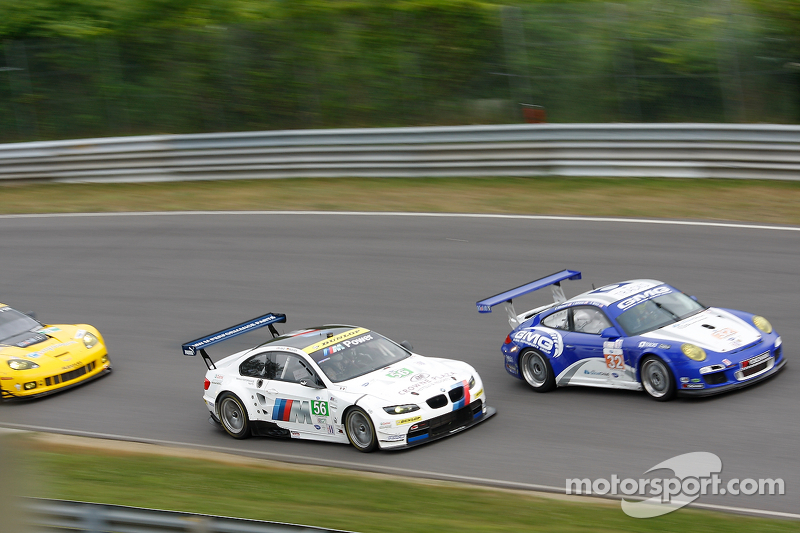 #56 BMW Team RLL BMW E92 M3: Joey Hand, Dirk Müller #32 GMG Racing Porsche 911 GT3 Cup: James Sofronas, Alex Welch