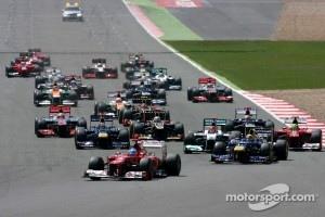 Start of 2012 British GP at Silverstone