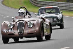 #29 Jaguar XK120: Derek T.Hood