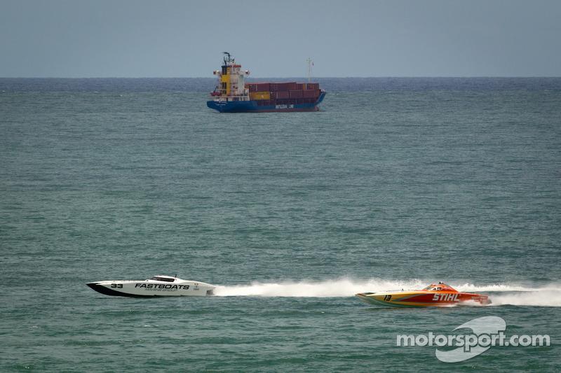 #33 Loriblu Racing /Fastboats: Danilo Zampaloni, Randy Sweers, #13 Stihl: Robert Noble, Grant Bruggemann
