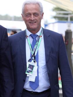 Dr. Peter Ramsauer, German traffic minister