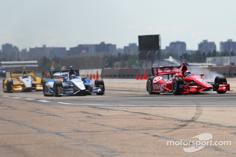 Dario Franchitti, Target Chip Ganassi Racing Honda, Alex Tagliani, Team Barracuda - BHA Honda, Helio Castroneves and Team Penske Chevrolet