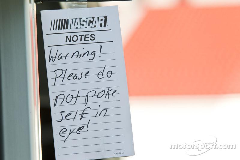 Nota van de NASCAR officials