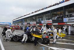 Bruno Spengler, BMW Team Schnitzer BMW M3 DTM; Dirk Werner, BMW Team Schnitzer BMW M3 DTM; in pit