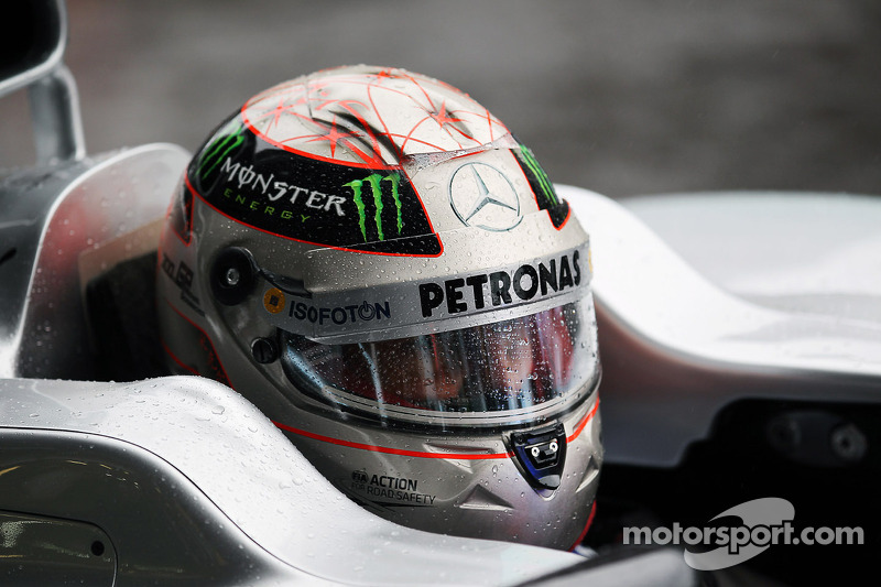 Michael Schumacher, Mercedes AMG F1 with a 300GP helmet livery