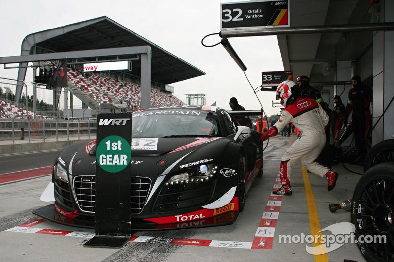 #32 Belgian Audi Club Team WRT Audi R8 LMS ultra: Stéphane Ortelli, Laurens Vanthoor
