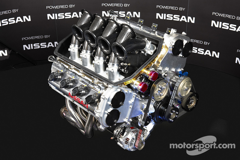 Nissan unveils the new V8 engine that will power the 2013 Altima