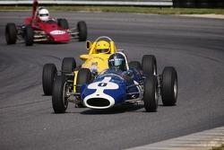 0#0 Roy Walzer Litchfield, Conn. 1963 Cooper Formula Junior