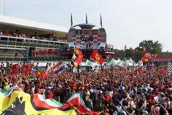 Podium: race winner Lewis Hamilton, McLaren Mercedes, second place place Sergio Perez, Sauber F1 Team, third place Fernando Alonso, Scuderia Ferrari