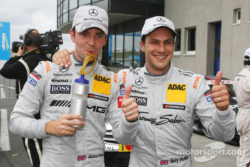 Jamie Green, Team HWA AMG Mercedes, AMG Mercedes C-Coupe en Gary Paffett, Team HWA AMG Mercedes, AMG Mercedes C-Coupe