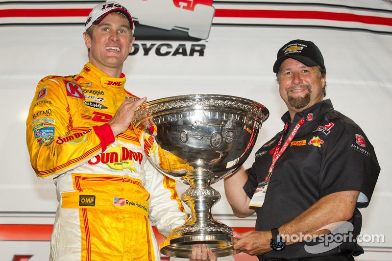 IndyCar Series 2012 champion Ryan Hunter-Reay, Andretti Autosport Chevrolet with Michael Andretti