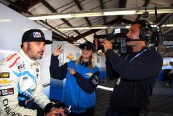 Yvan Muller, Chevrolet Cruze 1.6T, Chevrolet en vriendin Justine Monnier