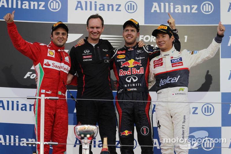 Podium: race winner Sebastian Vettel, Red Bull Racing, second place Felipe Massa, Ferrari, third place Kamui Kobayashi, Sauber