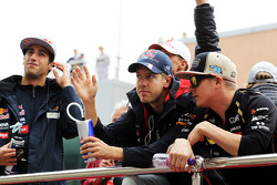 Sebastian Vettel, Red Bull Racing and Kimi Raikkonen, Lotus F1 Team on the drivers parade