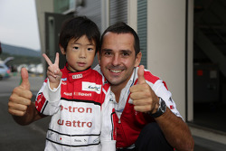 Benoit Tréluyer with a young fan