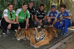 Nick Heidfeld, David Reynolds, Tim Blanchard, Marco Andretti, Mark Winterbottom, Will Power bezoeken