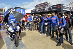 Yamaha fans display